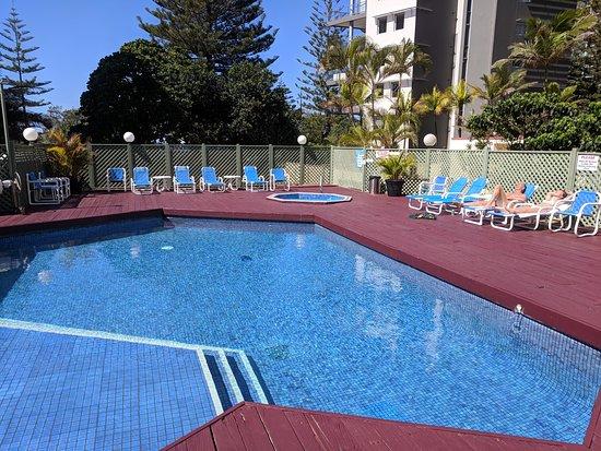 aloha apartments gold coast reviews