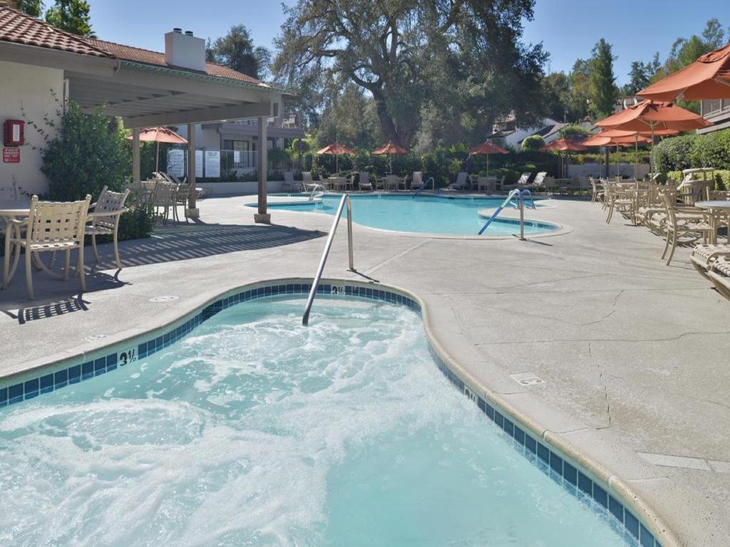 riviera oaks resort and racquet club reviews