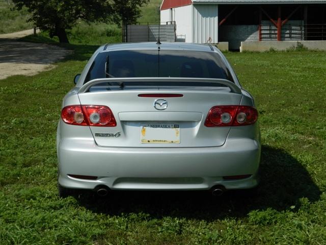 2004 mazda 6 hatchback review