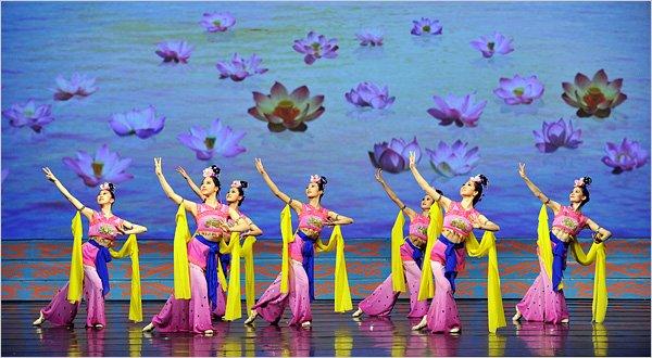 shen yun performing arts reviews