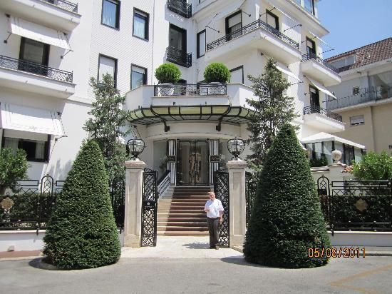 hotel lord byron rome reviews